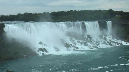 Niagarafälle (c) rundreisekanada
