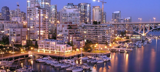 Vancouver Skyline flickr (c) PoYang CC-Lizenz