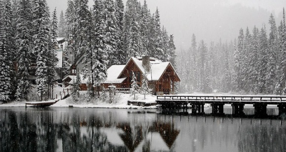 Emerald Lake Lodge im Winter
